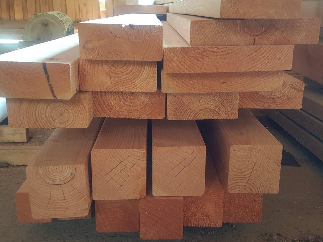 Holzhandel, Schnittholz gemischt, verschiedene Querschnitte
