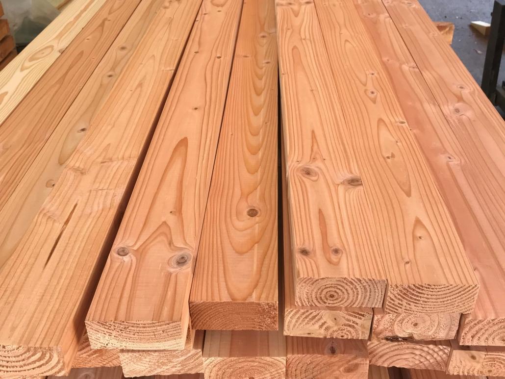 Holzhandel, Douglasie Kantholz 50 x 100 mm, scharfkantig gehobelt