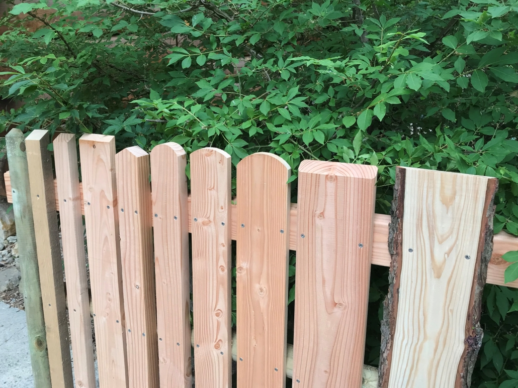 Zaun, Zaunlatten Muster (2) verschiedene Köpfe
